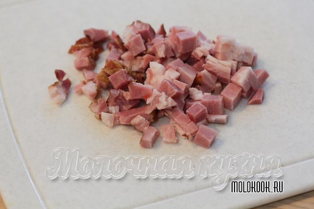 Нарезанное кубиком мясо