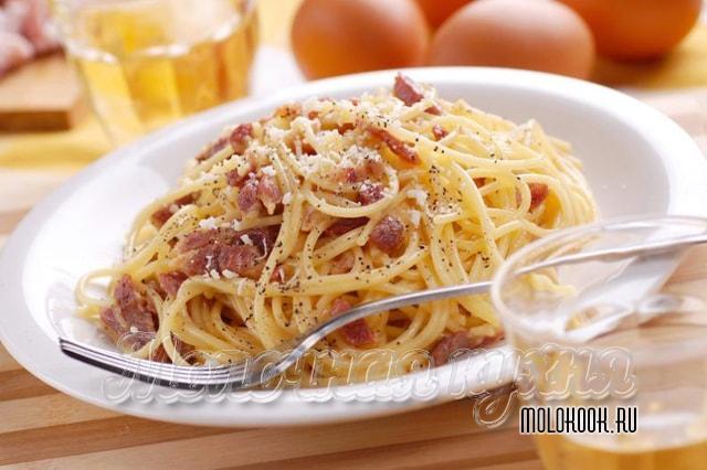 Готовые спагетти карбонара