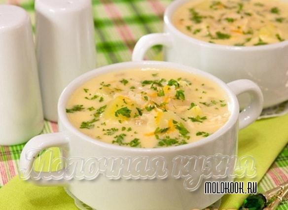 Вариант подачи сырного супа с вермишелью