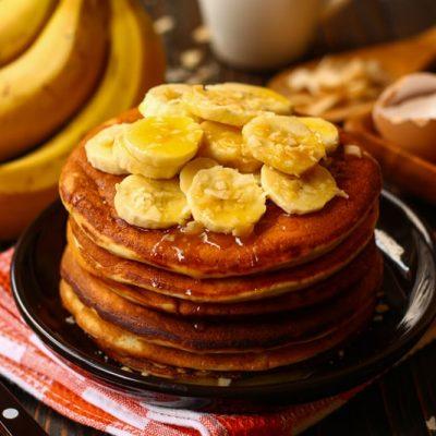 Банановые панкейки на кефире