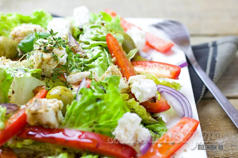 Греческий салат с сыром