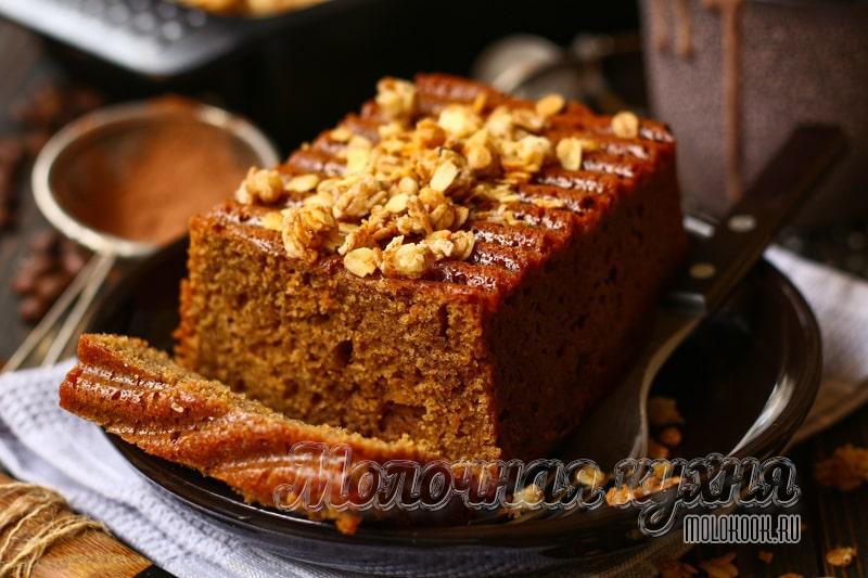 Ароматный кофейный пирог на кефире – вкусное лакомство из того, что почти всегда есть в холодильнике