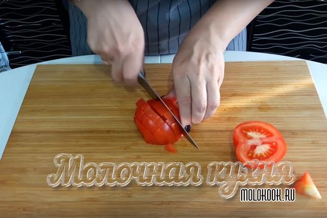 Измельчение помидоров