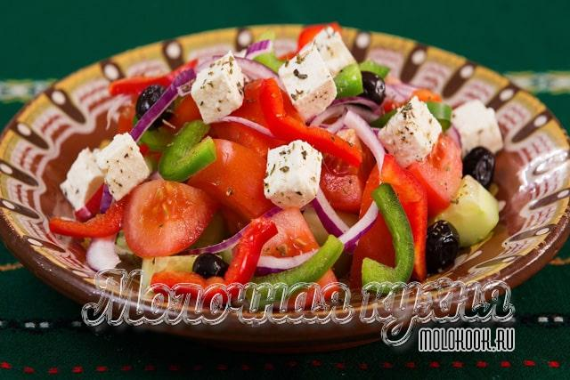 Классическая заправка для греческого деревенского салата
