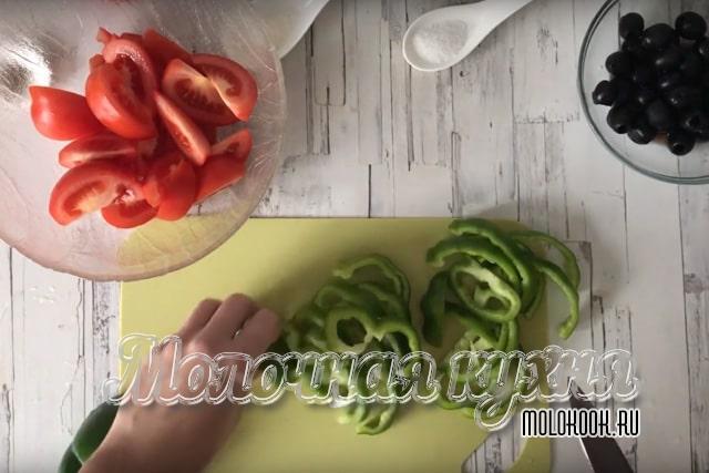 Полукольца болгарского перца
