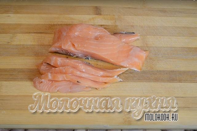 Рыба нарезана