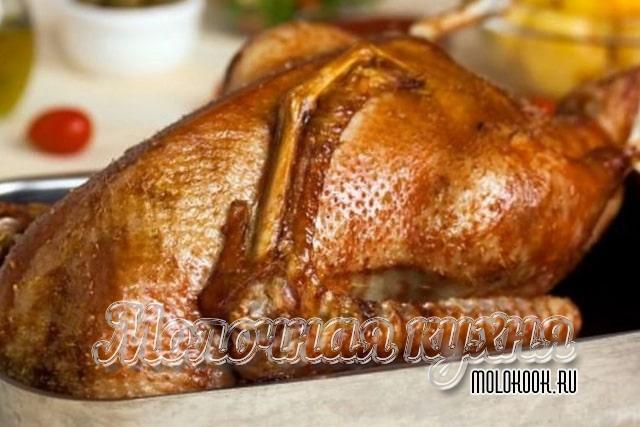 Рецепт приготовления гуся с черносливово-яблочной начинкой
