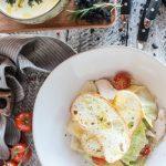 Простой домашний «Цезарь» с курицей по классическим рецептам – вкусный салат, как в ресторане