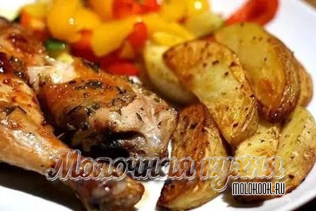 Рецепт запеченной курицы с картошкой в рукаве