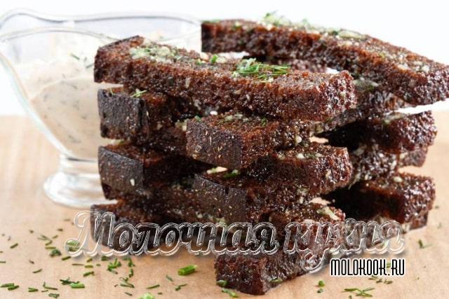 Ресторанный рецепт гренков из бородинского хлеба