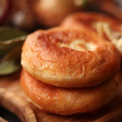 Пирожки с картошкой и печенкой, жаренные на сковороде