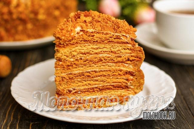 Меовый торт с кремом из сметаны