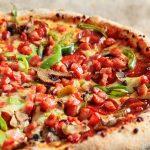 Остался кефир - приготовьте вкусное тесто для быстрой пиццы в духовке или на сковороде