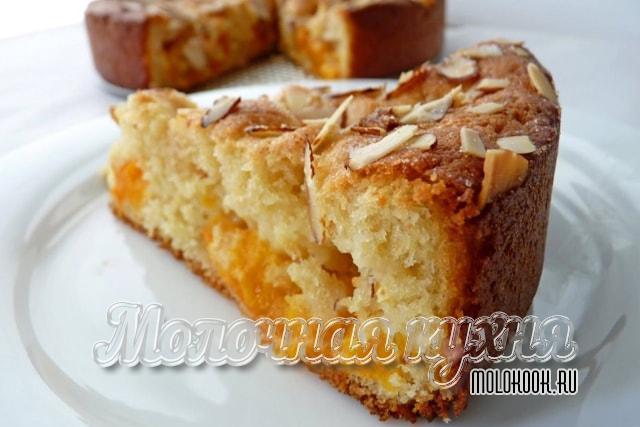 Рецепт фруктового бисквитного пирога
