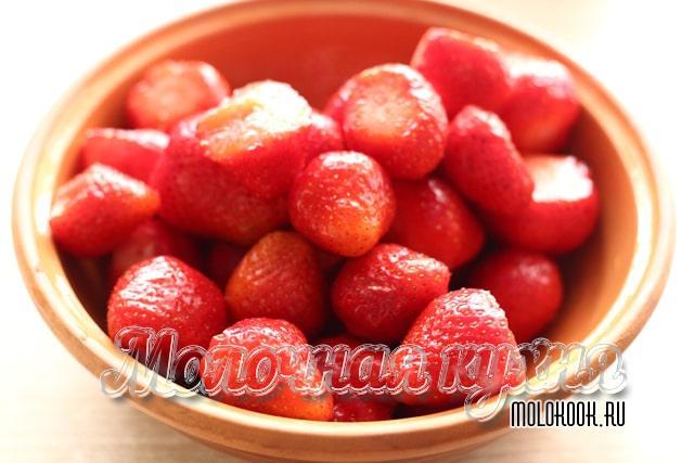 Почищенные от хвостиков плоды