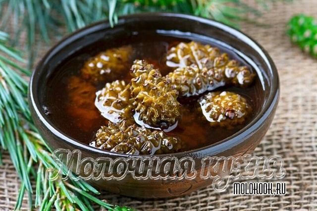 Сырое варенье на основе пчелиного меда