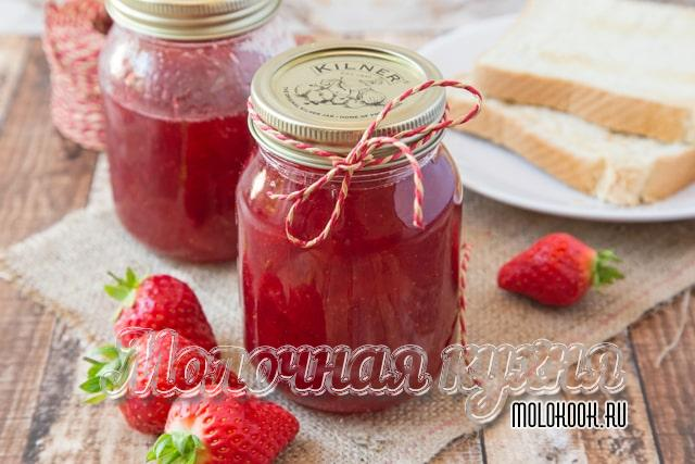 Простой способ приготовления джема из ягод клубники