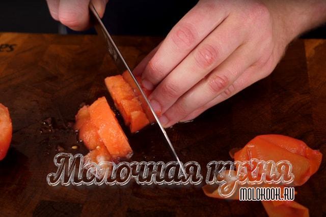 Измельчение томатов