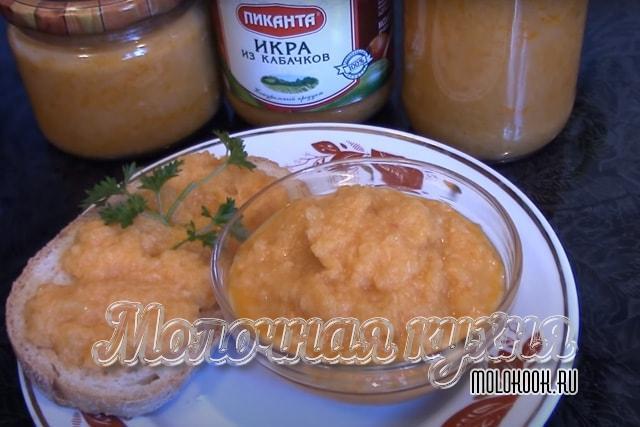 Кабачковая икра с помидорами и майонезом