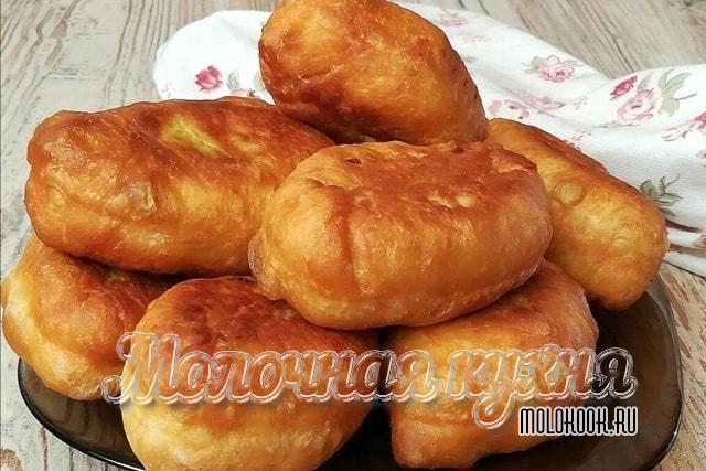 Рецепт жареных пирожков с сухими дрожжами