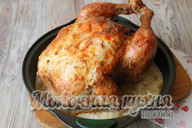 Курица с яблоками на соли