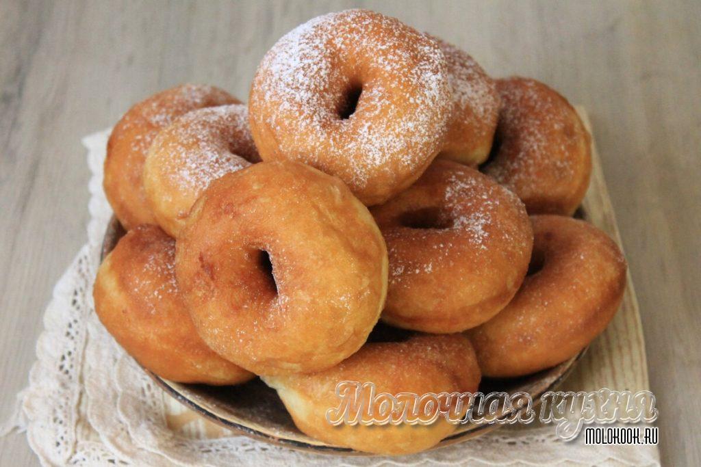 Пончики из теста, замешанного в хлебопечи
