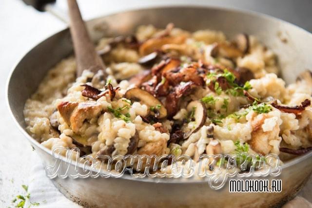 Курица с грибами и рисом в сливках